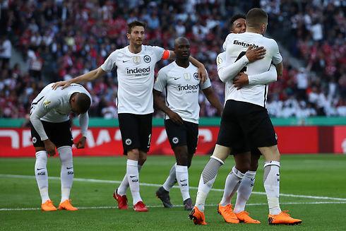 Eintracht Frankfurt holder på sportsdirektør
