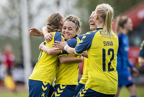 Brøndby smadrede Odense Q 8-0