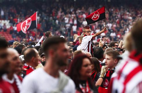 Bundesliga-nedrykker skilles med cheftræner