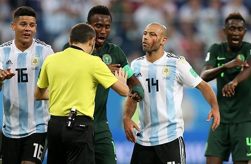 Cunha og Cakir fløjter VM-semifinalerne