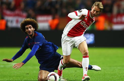 Ajax' kæmpetalent ignorerer rygter