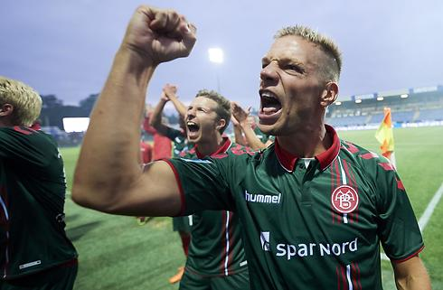 AGF-fansenes hyldest berører Risgård dybt