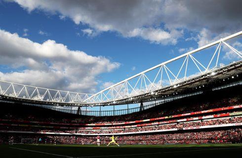 Engelsk topbrag på Emirates Stadium
