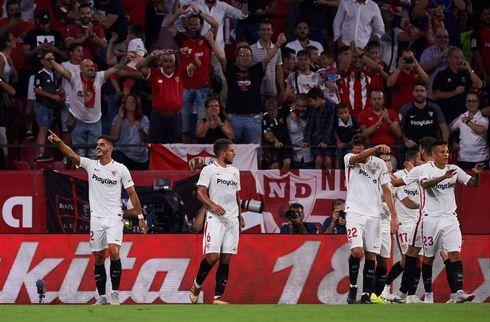 Sevillas ti mand i sent comeback mod Eibar