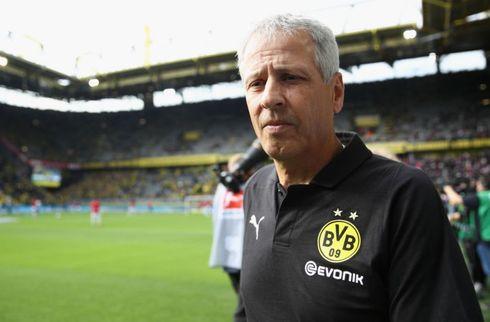 Dortmund giver Lucien Favre et år mere
