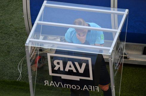 Danske Fans: VAR i SL kan skade produktet