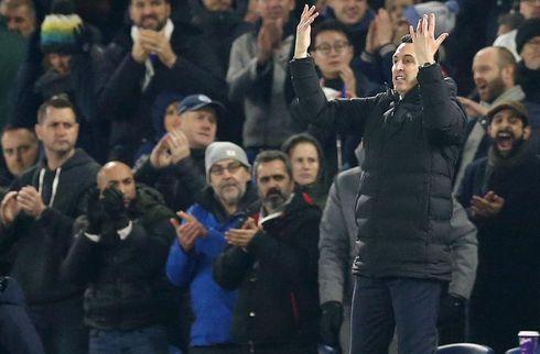 Emery forklarer friske Özils fravær i nederlag