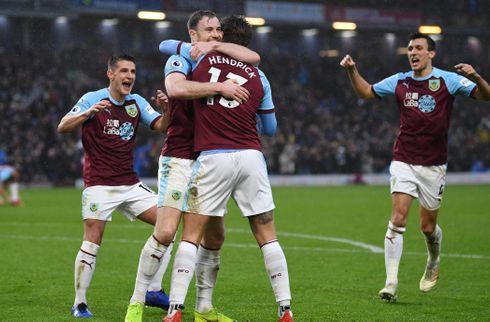 To selvmål hjalp Burnley til vigtigt comeback