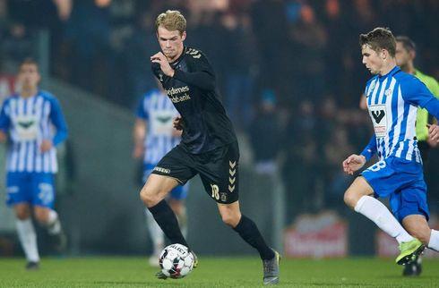 Nikolai Laursen viser sig frem i hollandsk klub