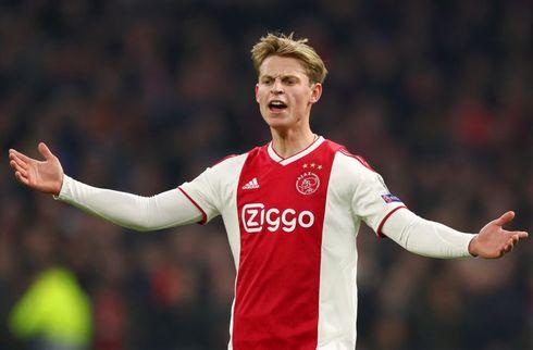 Klar De Jong rejser med Ajax til Torino