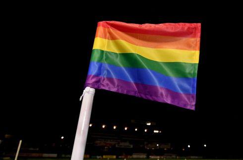 Superligaen markerer kampen mod homofobi