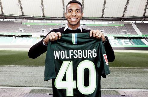 Ny træner tager hurtig kant med til Wolfsburg
