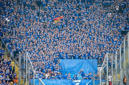 Fans raser over oprykkers Leipzig-samarbejde
