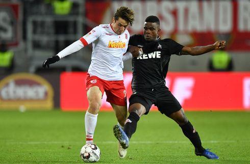 HSV lejer ung midt i Bayern München