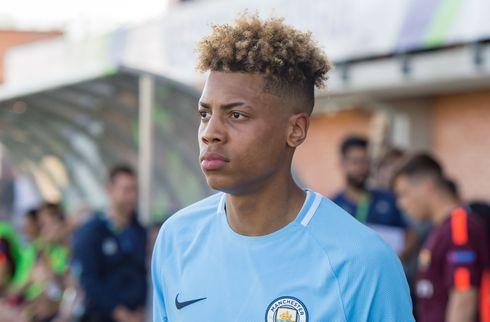 Manchester City sender ung stopper til Twente