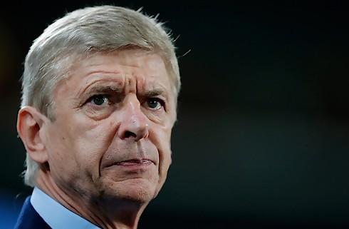 Wenger: Ingen skam at tabe til Barca