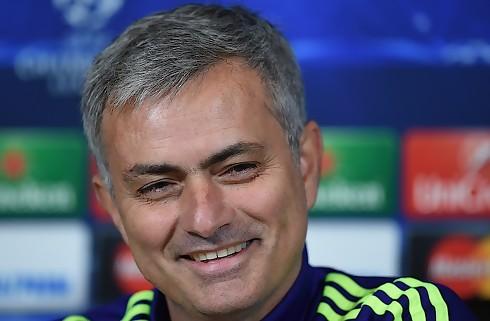 Medier: United snakker med Mourinho