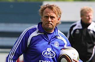 Lars Høgh stopper i OB
