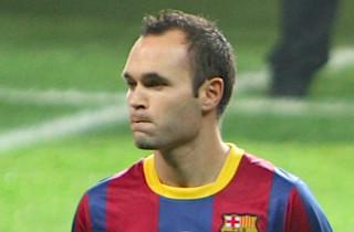 Iniesta: Alt for mange defensive fejl