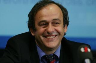 Platini: FIFA begår historisk fejl