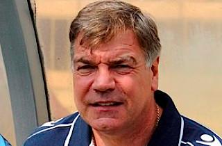 Allardyce: Carroll lig med overlevelse