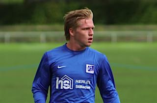 Lyngby forlænger med Bror Blume