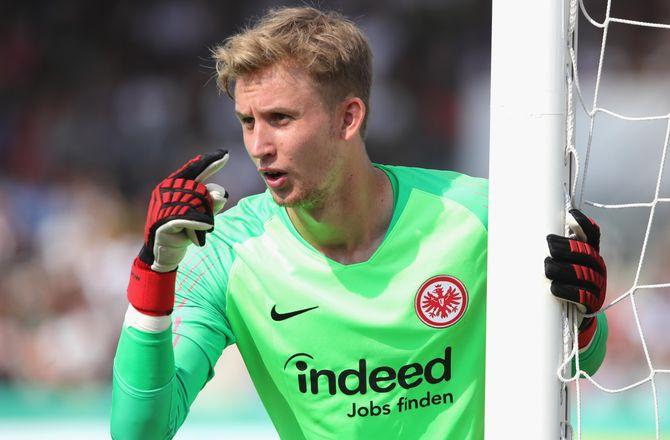 Bundesliga -Så er det nu: Rønnow har chancen i Frankfurt