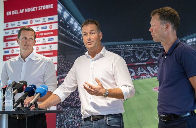EM U21 -Capellas: Har talt meget fodbold med Hjulmand