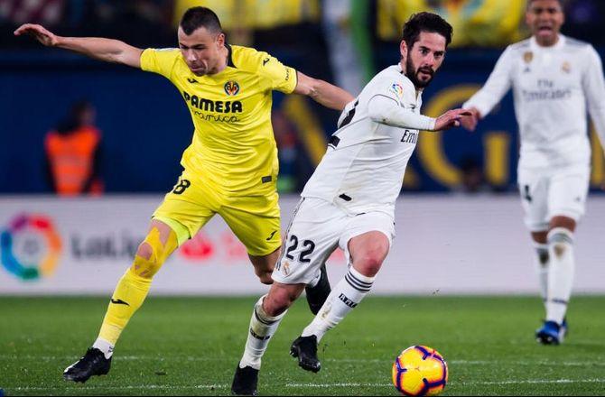 Spanien -Villarreal-midt vender hjem til Sporting Gijon