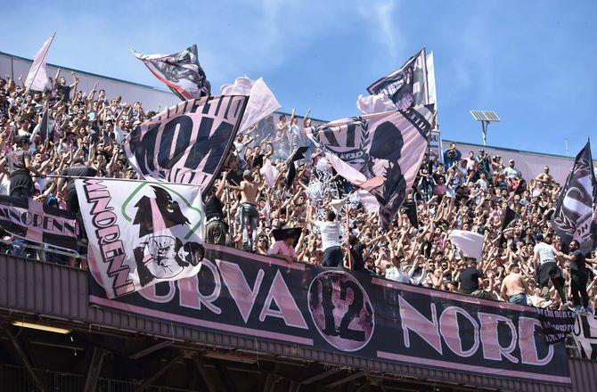 Serie D -Palermo har solgt 10.000 sæsonkort i Serie D